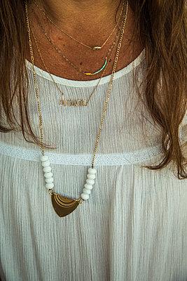White blouse - p534m2115734 by Susanna Ferran Vila