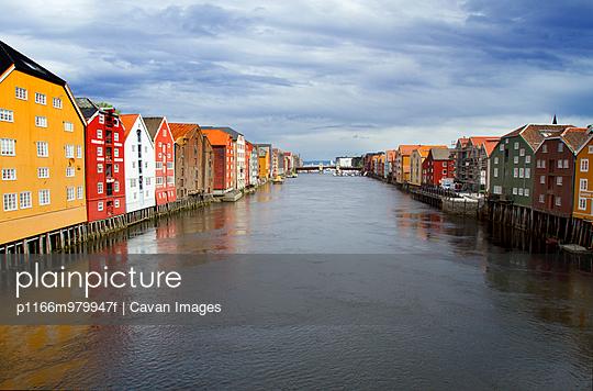 p1166m979947f von Cavan Images