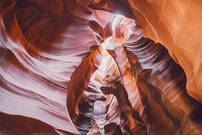Antelope Canyon - p1507m2028292 by Emma Grann