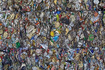 Waste - p719m1000590 by Rudi Sebastian