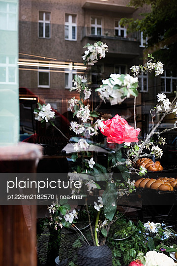 Flower arrangement in the display window - p1229m2182570 by noa-mar