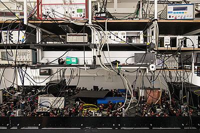 Elektronische Apparaturen - p354m1564360 von Andreas Süss