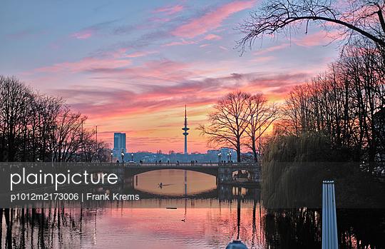Sonnenuntergang am Fleet - p1012m2173006 von Frank Krems