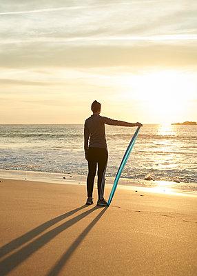 Fitness am Strand - p1124m1112579 von Willing-Holtz