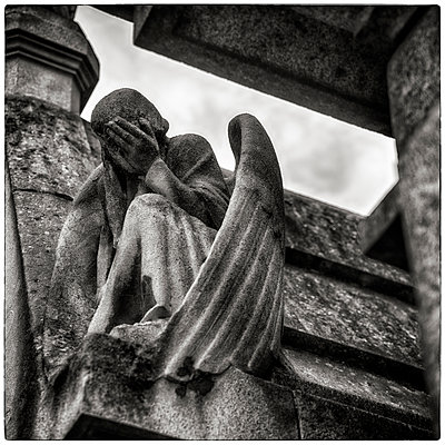 Grieving angel in Passy cemetery - p1154m1110166 by Tom Hogan