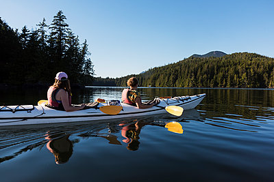 Kayaking in Clayoquot Sound, Vancouver Island; Tofino, British Columbia, Canada  - p442m1523988 by Keith Levit