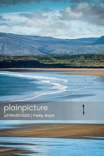 p378m2012020 von Paddy Boyle