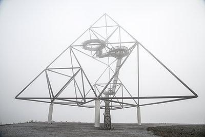Germany, Bottrop, Tetraeder - p1643m2229341 by janice mersiovsky
