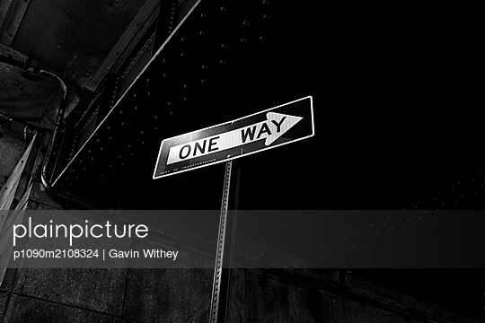 One-way-street sign in New York City - p1090m2108324 by Gavin Withey