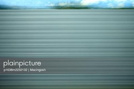 p1638m2232132 by Macingosh