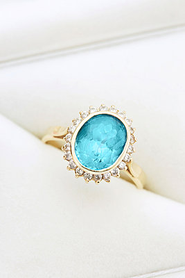 Gold ring with blue topaz and diamonds in jewel box - p300m926501f by Jasmin Awad