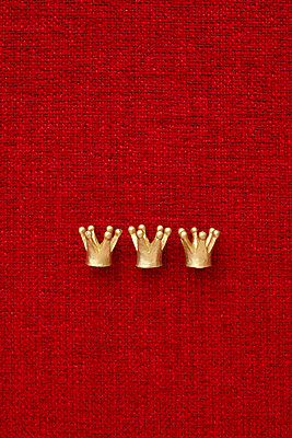 Monarchy - p464m754905 by Elektrons 08