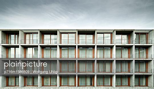 Wohngebiet - p716m1586809 von Wolfgang Uhlig