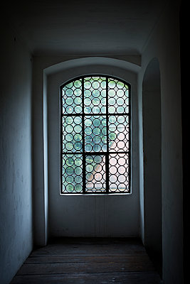 Window in monastic church - p1149m1147196 by Yvonne Röder