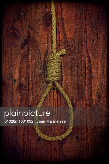 Hangman's noose - p1028m1031092 by Jean Marmeisse