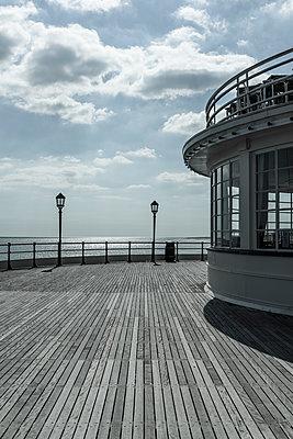 Worthing Pier - p1170m2020151 by Bjanka Kadic