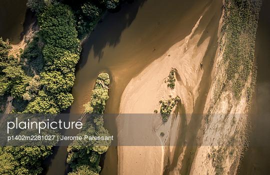 France, Loire aerial view - p1402m2281027 by Jerome Paressant