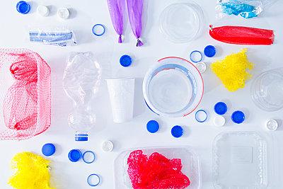 Plastic waste - p1149m2116606 by Yvonne Röder