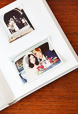 Wedding photos - p4320558 by mia takahara
