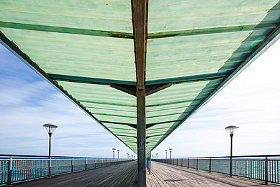 Pier, Boscombe, Bournemouth - p1057m1015246 by Stephen Shepherd