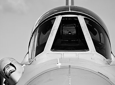 Monochrome detail of cockpit canopy on jet fighter aircraft - p1166m2163017 by Cavan Images