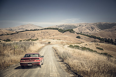 Dirty Road through Californian Country - p1290m1111063 by Fabien Courtitarat
