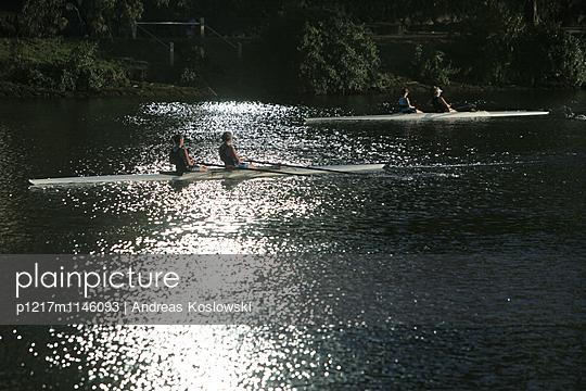 Rudern, Yarra River - p1217m1146093 von Andreas Koslowski
