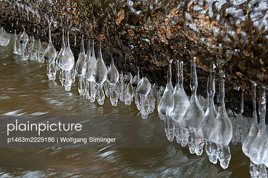 p1463m2229186 by Wolfgang Simlinger