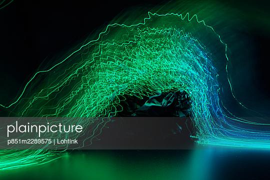 Green light trails - p851m2289575 by Lohfink