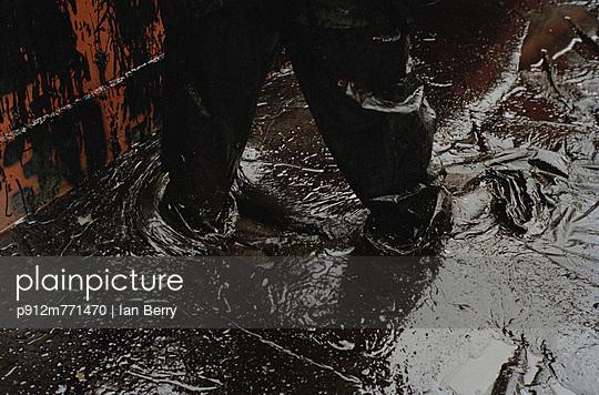 p912m771470 von Ian Berry