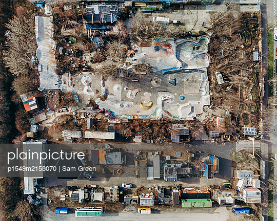 Aerial view, Container village - p1549m2158070 by Sam Green
