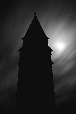 Campanile auf dem Markusplatz bei Vollmond, Venedig - p1493m1584585 von Alexander Mertsch