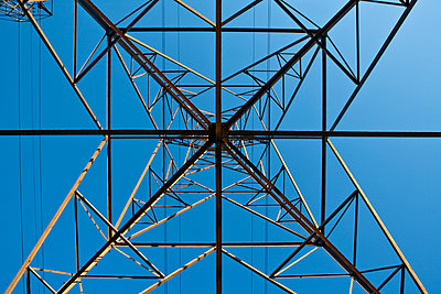 Worm's Eye View Of Power Pylon - p555m1453178 by Spaces Images