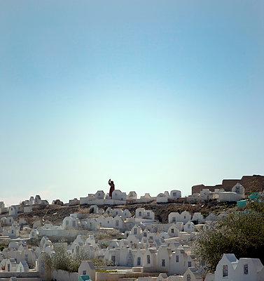 Friedhof in Marokko - p382m1110592 von Anna Matzen