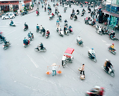 Chaotic traffic - p9210017 by Boris Leist