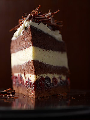 Black Forest Cake - p1259m1064574 by J.-P. Westermann