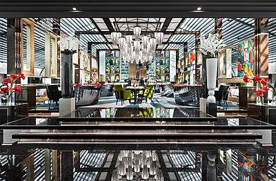 Art Deco  Luxusrestaurant - p390m1214565 von Frank Herfort