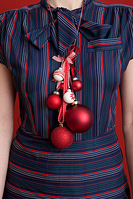 Christmas outfit - p454m668293 by Lubitz + Dorner