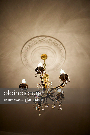 Chandelier - p819m893492 by Kniel Mess