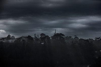 Plougasnou im Dunkeln, Bretagne - p248m989773 von BY