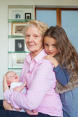 Proud grandmother - p756m891580 by Bénédicte Lassalle