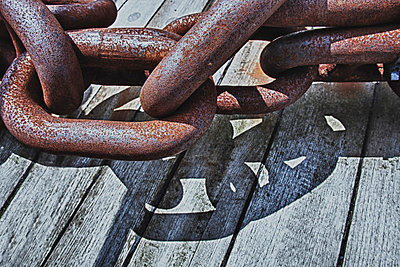 Anchor chain - p2530505 by Oscar