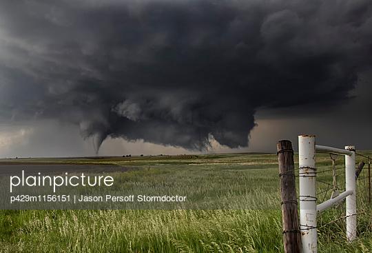 p429m1156151 von Jason Persoff Stormdoctor