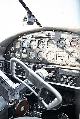 Cockpit - p587m1190401 von Spitta + Hellwig