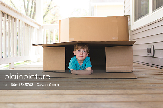 p1166m1545763 von Cavan Social