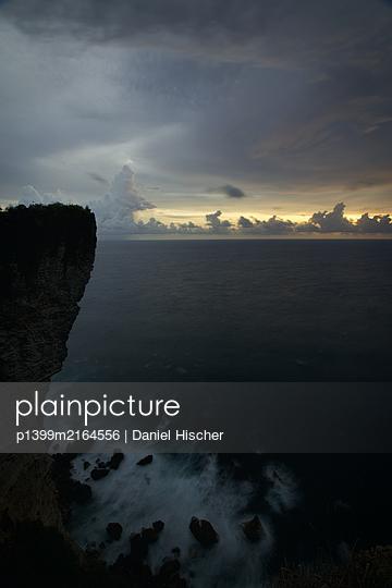 Karang Boma Cliff - p1399m2164556 by Daniel Hischer