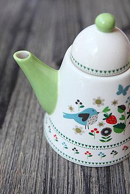 Coffee pot - p045m813664 by Jasmin Sander