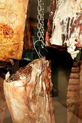 Luftgetrocknetes Rindfleisch - p2370507 von Thordis Rüggeberg