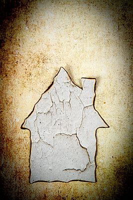 Abgebranntes Haus - p451m2228661 von Anja Weber-Decker
