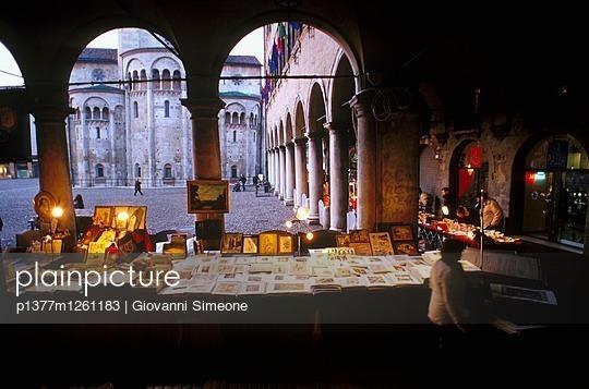p1377m1261183 von Giovanni Simeone